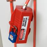 Systèmes de condamnation de prises électriques