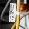 Étiquettes drapeaux pour fils et câbles
